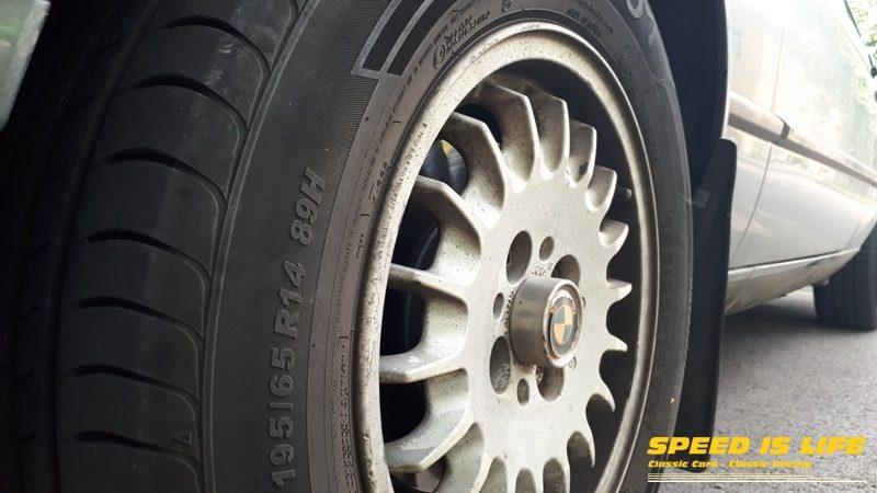 BMW E30 (1)